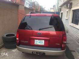 6 months Used Ford Explorer for Sale