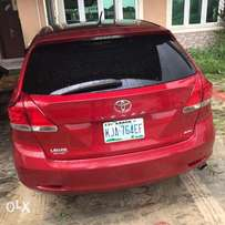 Neat 2010 toyota venza for sale.