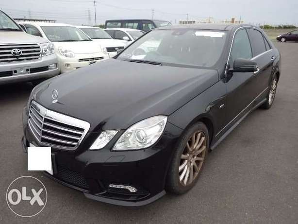 Mercedes Benz E350 AMG edition . 2010 model KCN number. Loaded with a Mombasa Island - image 1