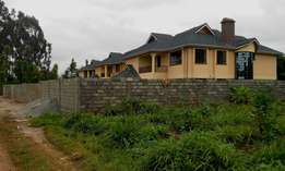 4 bedroom (all ensuite) mansionate at kikuyu Thogotto close to bypass