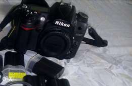 Nikon d7000 camera body only for sale