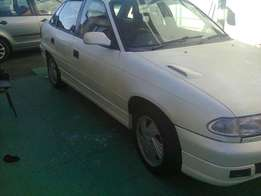 Opel Astra 160 IE -BIG LUCK