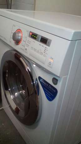 Lg direct drive washer/ dryer in excellent condition Brackenfell - image 1