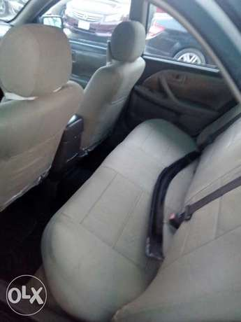 This is a very clean toyota camry tiny light silver Ikeja - image 7