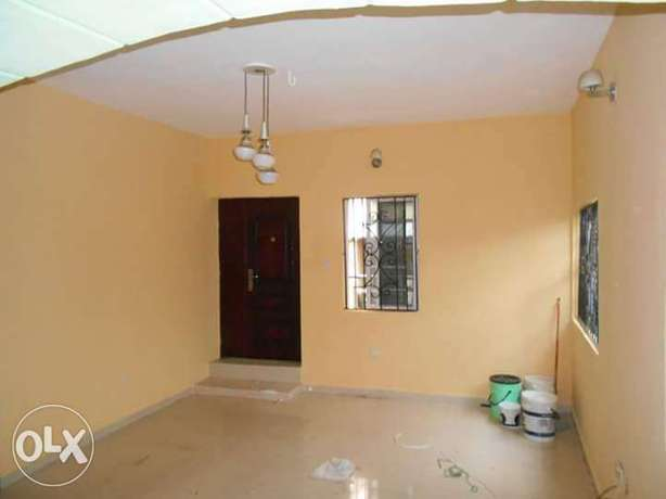 A room self contains in Ibadan Ibadan North - image 1