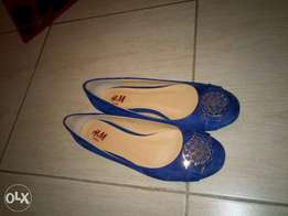 Flat shoes:size 40