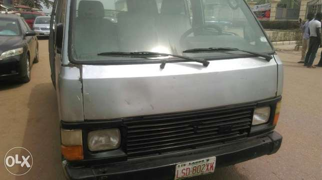 Clean used Toyota hiace available for sale Ipaja - image 3