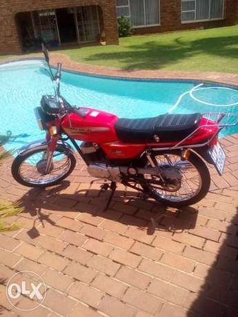 AX 100 Brand New. East Rand - image 1