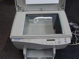 HP PSC 500 - Printer/ Scanner/ Copier - in excellent condition