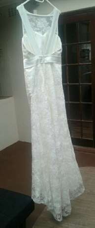 Ivory, Open-back wedding dresses for hire/sale! Kraaifontein - image 2