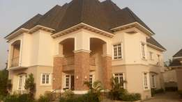 6 bedrooms detached duplex with chalet and servant quarters in Maitama