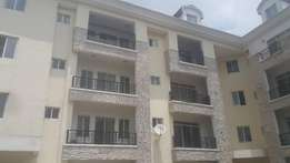 Deluxe 3 bedroom fully serviced flat +1room BQ in Ikeja G.R.A.