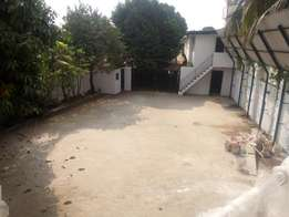Spacious 5bdrm duplex with 2bq on almost 2plots at shonibare Maryland