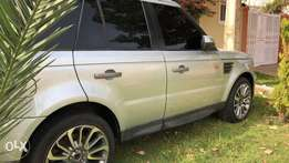 For sale Neatly used Range Rover sport