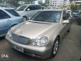 Mercedes Benz C 180 Non Kompressor. Clean