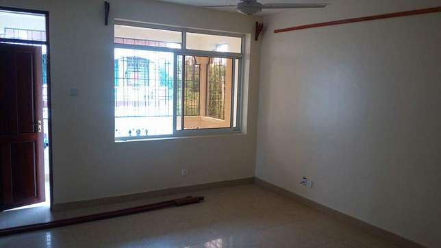 Super spacious 3 bedroom apartment 30,000/=ksh per month Nyali - image 6