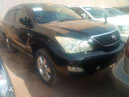 Toyota harrier model 2005 black colour in excellent condition