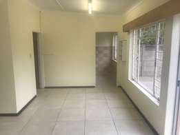 Bachelor's flat for rent