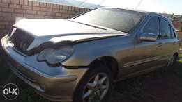 Mercedes Benz C180 parts and stripping