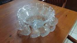 Glass punch bowl and cups in excellent condition R550 negotiable
