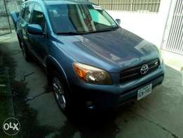 Accident free Utility Toyota Rav4 V6 engine