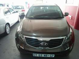 2013 Kia Sportage CRDI, Color Brown, Price R260,000.
