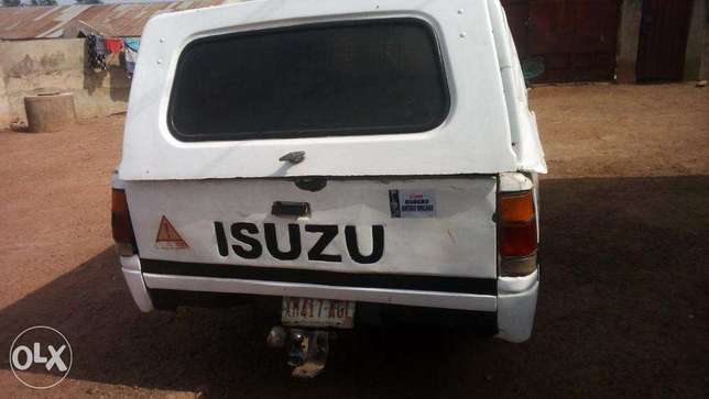 used but working fine isuzu truck for sale Osogbo - image 2