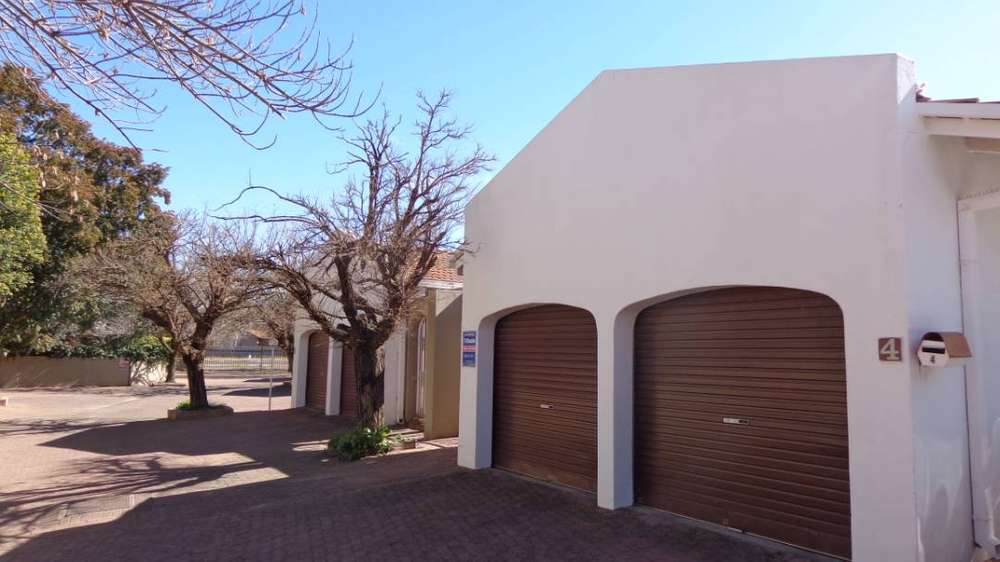 Houses Sale Houses Flats For Sale In Bloemfontein Olx