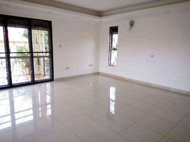 6 bedroom house for sale in Runda Runda - image 5