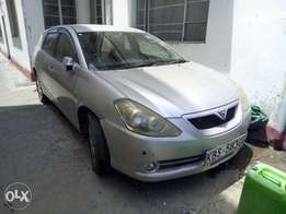 Clean and Well Maintained Toyota Caldina Station Wagon, Accident Free