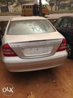Extremely Clean Foreign Used Mercedes Benz C200 Konpressor 00