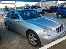 Mercedes Benz C180 K 2004 with 230 000km very good condition