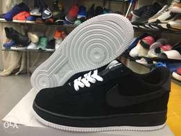 Nike airforce 1 all balck sneakers