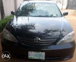 Nice buy & rejoice registered toyota camry le 04. For sale in asaba.