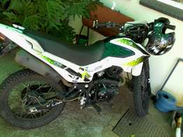 Semi off road baik te koop