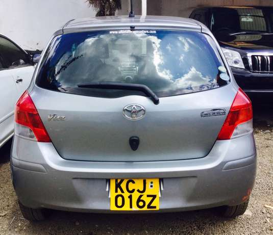 toyota vitz new shape kcj 2009 just arrived at 630,000/= Highridge - image 5