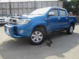 Toyota hilux double cab Manual