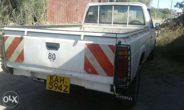 Extremely clean nissan datsun petrol Embu Town - image 2