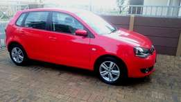 2015 Polo Vivo 1.6 Comfortline for sale. Only 19 700 km on the clock!!