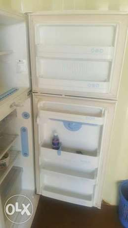 Lg fridge Parklands - image 2
