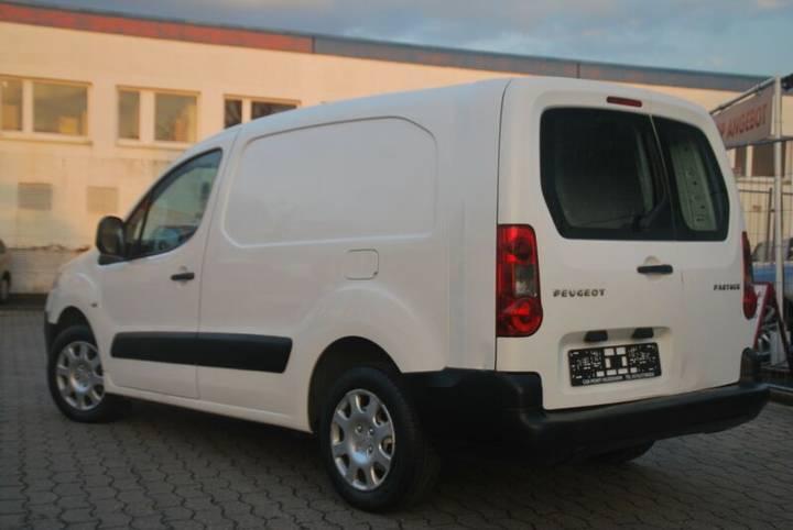 """Peugeot Partner L2 Komfort """"GEPFLEGT"""" - 2009 - image 7"""