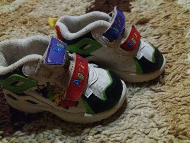 Кросівки  150 грн. - Дитяче взуття Рівне на Olx d156e7982b8dc
