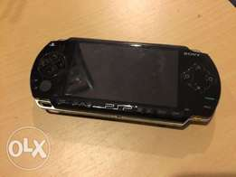 playstation portable(psp)chipped with 20 FREE games
