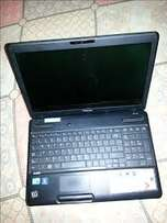 Toshiba satellite Duo Core, 4GB/500GB HDD