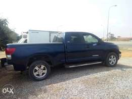 Toyota Tundra very clean truck 2008 model
