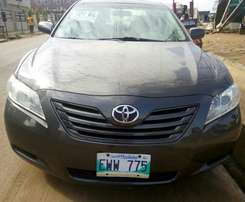 very clean tokunbo 2008 camry sports