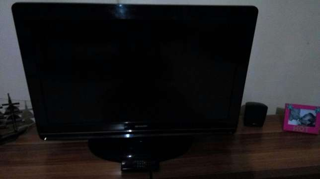 "Sharp TV LCD 32"" Kasarani - image 2"