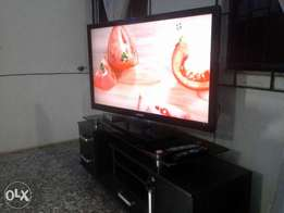 46 inches Samsung lcd tv.
