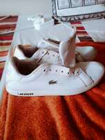 Second hand Lacoste sneakers