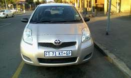 Toyota yaris t3 zen gold 2011 hatchback 88000km R68000 negotiable